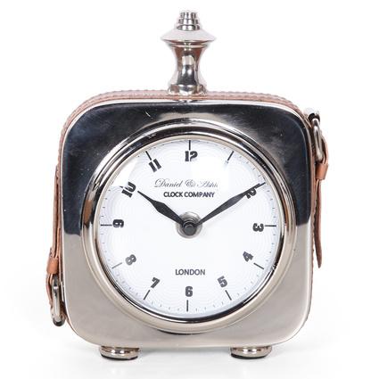 Altıncı Cadde Deri Kayışlı Gümüş Masa Saati 13Cm