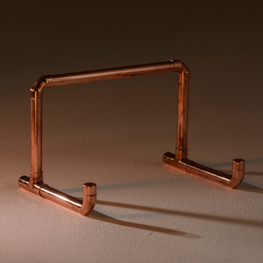 Pipe & Wire Bakır Tablet Standı