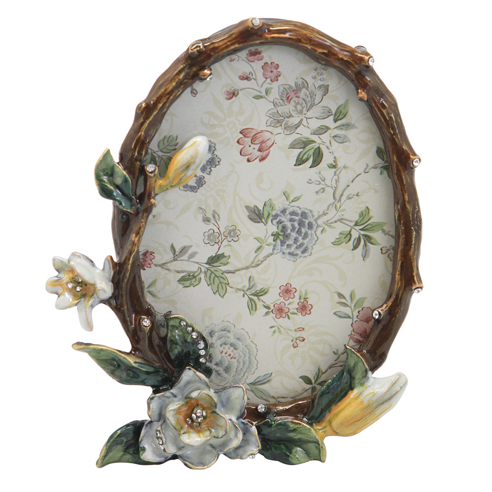 Decosuar Çiçekli Oval Fotoğraf Çerçevesi Ürün Resmi